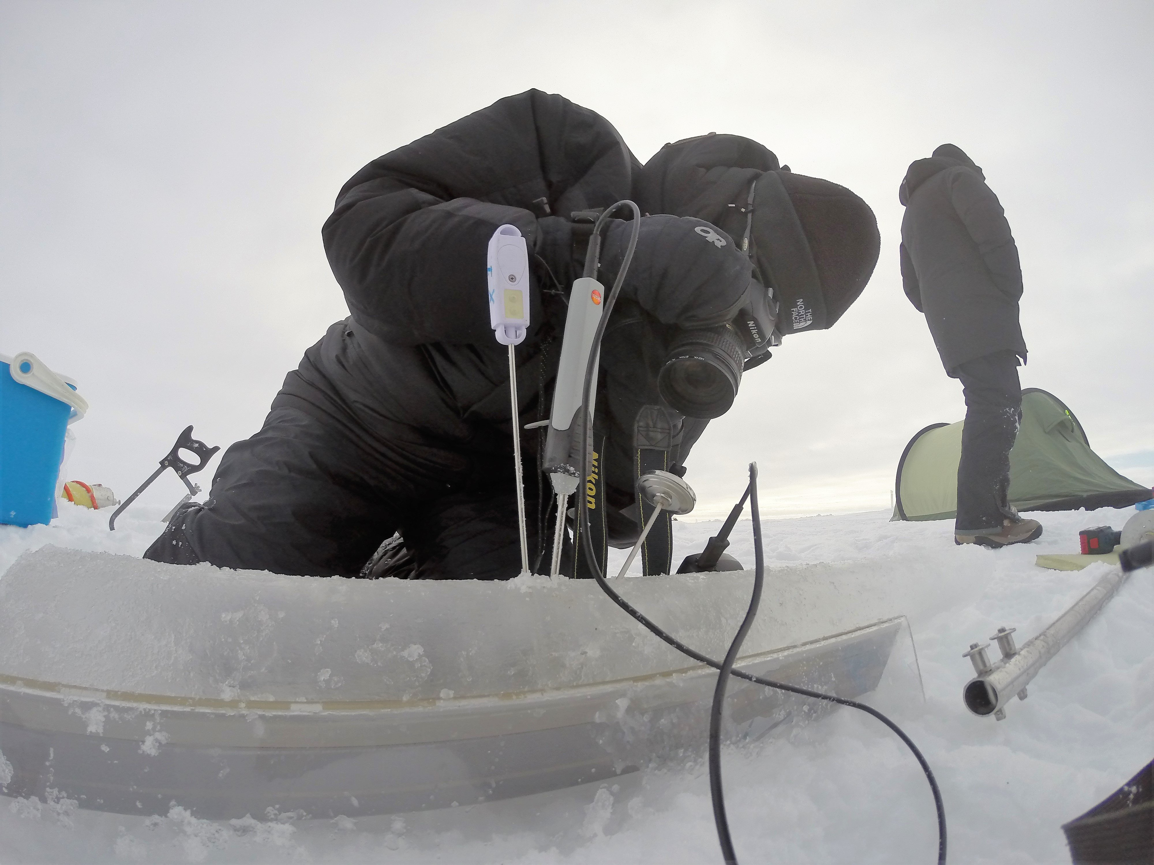 Testing of ice